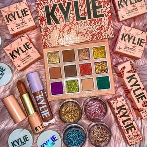 Kylie Cosmetics Makeup - *SOLD* Kylie Under The Sea Shell PR Vault
